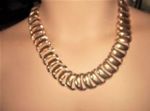 "LADIES UNUSUAL GOLD TONE METALLIC ARTICULATED LARGE LINK NECKLACE 21"" +"